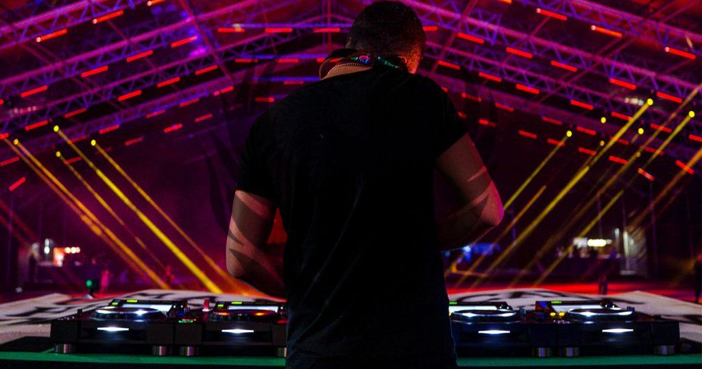 DJ set & meet